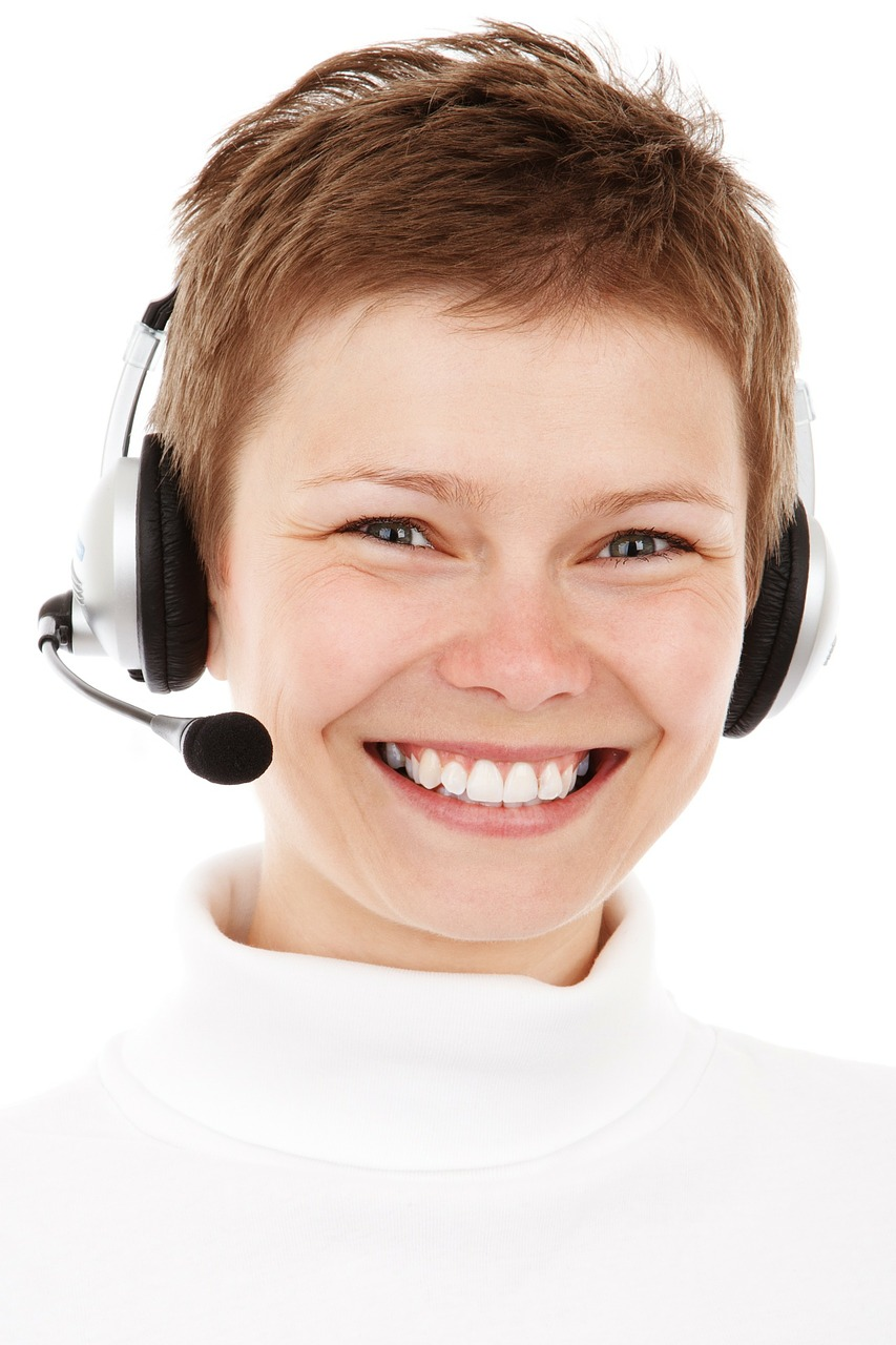 4 effective ways to run your remote customer service team